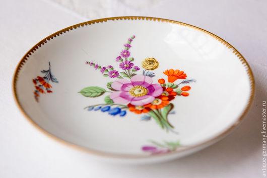 Винтажная посуда. Ярмарка Мастеров - ручная работа. Купить Антиквариат. Блюдце Meissen периода Марколини. Handmade. Белый, цветы