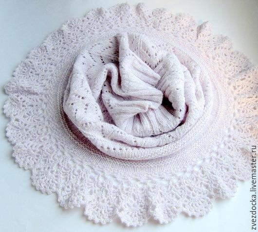 """Шали, палантины ручной работы. Ярмарка Мастеров - ручная работа. Купить шарф - снуд """"Нежность сирени"""". Handmade. Бледно-сиреневый"""