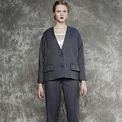 Одежда ручной работы. Ярмарка Мастеров - ручная работа Костюм женский деловой брючный льняной серый синий в елочку. Handmade.