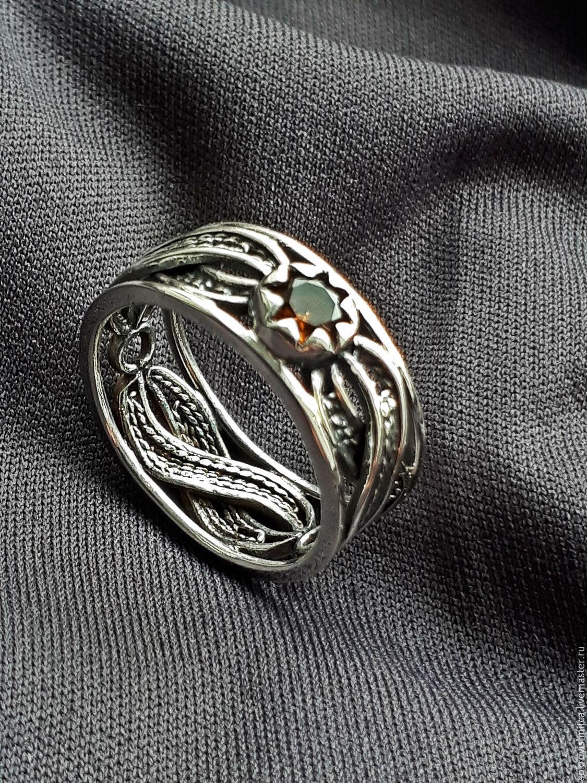 Кольцо `Бесконечная любовь` с турмалином в серебре,выполненное в технике филигрань.
