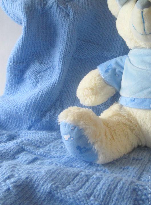 """Пледы и одеяла ручной работы. Ярмарка Мастеров - ручная работа. Купить Детский вязаный плед """"Зачарованный замок"""". Handmade. Голубой"""