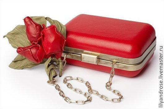 Женские сумки ручной работы. Ярмарка Мастеров - ручная работа. Купить Клатч красный  кожаный с декором. Handmade. Ярко-красный
