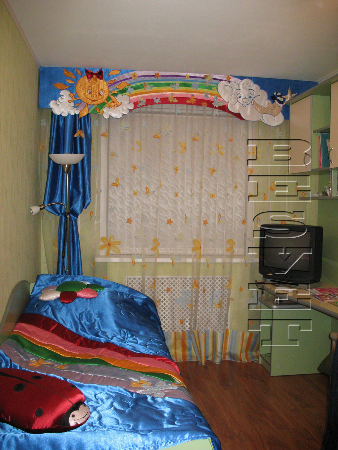 Set: curtains, a cover and pillows for the nursery, the Rainbow, Teething toys, Kirishi,  Фото №1