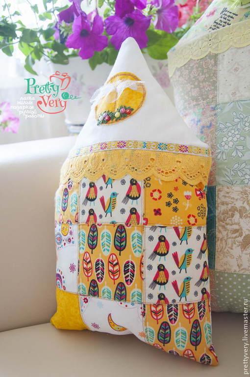 Текстиль, ковры ручной работы. Ярмарка Мастеров - ручная работа. Купить Желтый домик в деревне. Handmade. Желтый, домики, пуговицы