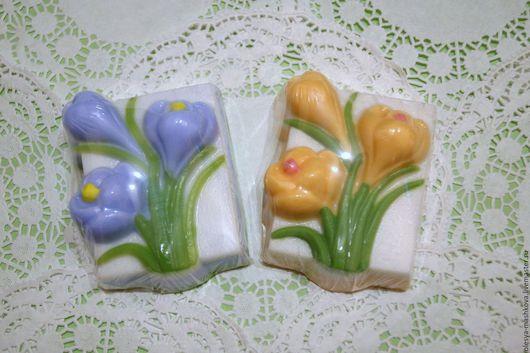 Мыло ручной работы. Ярмарка Мастеров - ручная работа. Купить Мыло Крокусы - весенние цветы. Handmade. Комбинированный, мыло в подарок