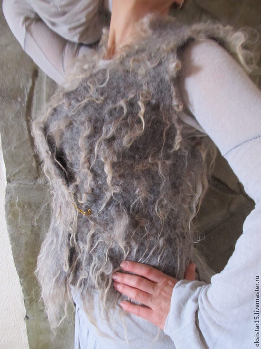 """Жилеты ручной работы. Ярмарка Мастеров - ручная работа. Купить Авторский валяный жилет """"Fluffy"""". Handmade. Серый, жилеты"""