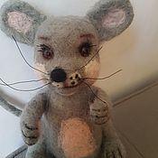Войлочная игрушка ручной работы. Ярмарка Мастеров - ручная работа Войлочная игрушка: мышонок Ромка. Handmade.