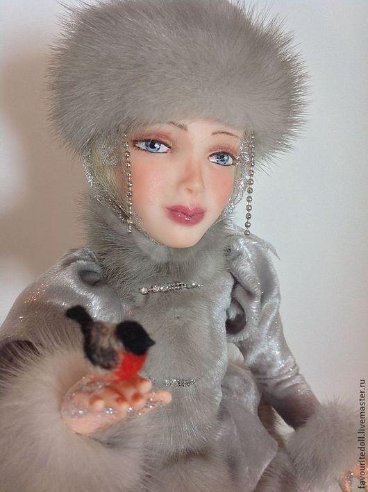 Коллекционные куклы ручной работы. Ярмарка Мастеров - ручная работа. Купить Снегурочка со снегирем. Handmade. Серебряный, зима, бархат