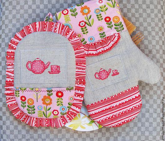 """Кухня ручной работы. Ярмарка Мастеров - ручная работа. Купить Прихватка и рукавица с вышивкой, комплект """"Розовый"""". Handmade. Розовый"""