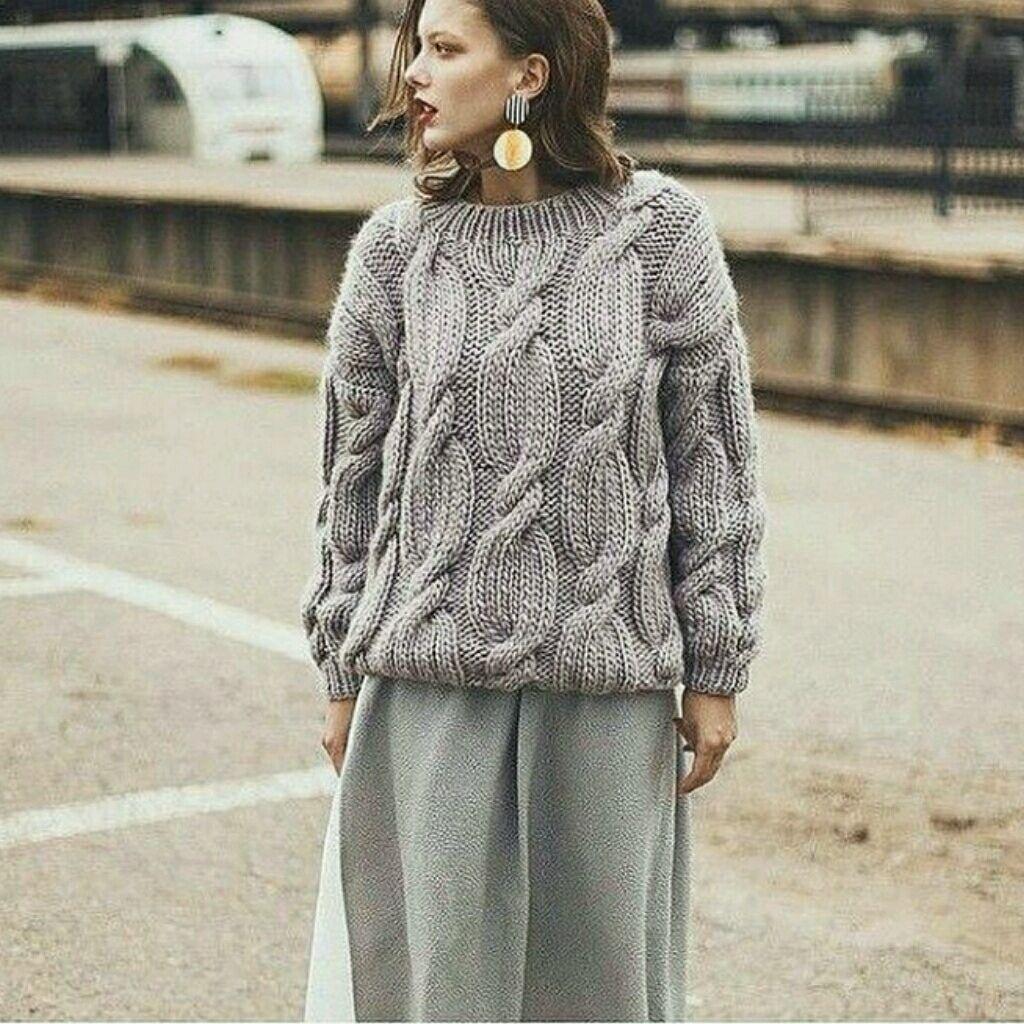 Вязаный свитер. Тёплый свитер. Свитер косами. Свитер ...