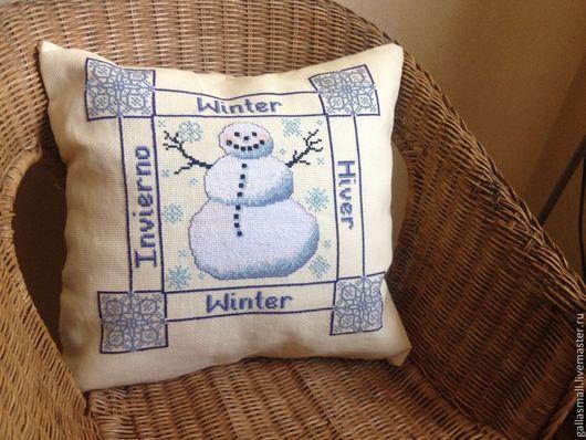 Текстиль, ковры ручной работы. Ярмарка Мастеров - ручная работа. Купить Вышитая наволочка. Со снеговиком.. Handmade. Лимонный