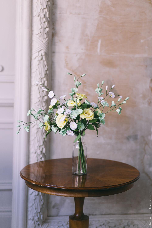 Желтые розы из полимерной глины. Красивые букеты ручной работы. Купить розы из полимерной глины ручной работы. Интерьерная композиция. Искусственные цветы.
