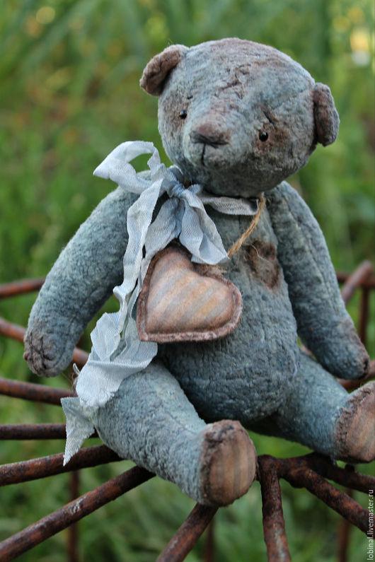 """Мишки Тедди ручной работы. Ярмарка Мастеров - ручная работа. Купить мишка """"Сердешный"""". Handmade. Голубой, глазки стеклянные"""