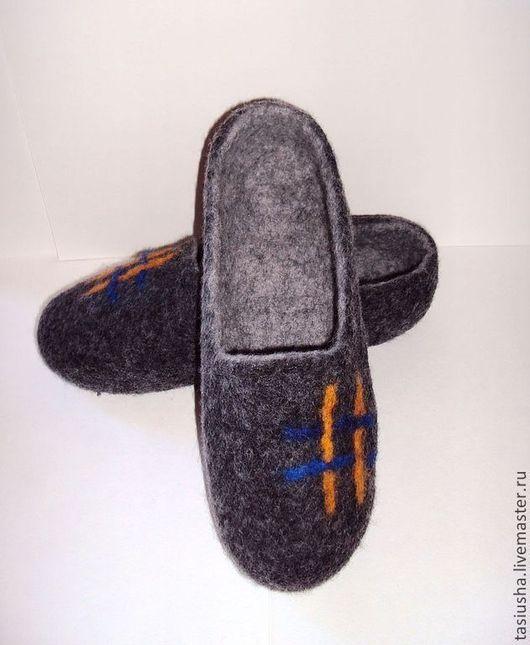 """Обувь ручной работы. Ярмарка Мастеров - ручная работа. Купить Тапки валяные """"Мужские"""". Handmade. Серый, тапочки мужские"""