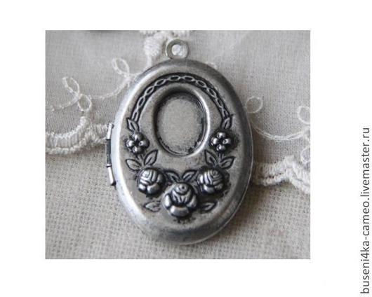 Для украшений ручной работы. Ярмарка Мастеров - ручная работа. Купить Оправа Медальон с розами 8х10мм, античное серебро (1шт). Handmade.
