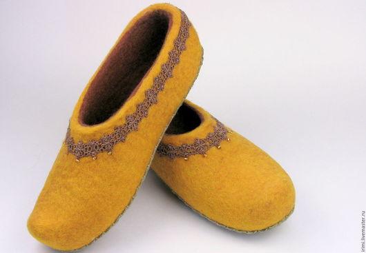 """Обувь ручной работы. Ярмарка Мастеров - ручная работа. Купить Тапочки """"Восточная сказка"""". Handmade. Желтый, тапочки из шерсти"""