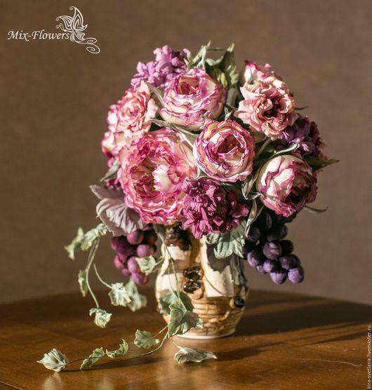 Шелковая флористика. Интерьерный букет `Изабелла` Пионовидные розы, виноград, дикий плющ....в старинном замке.. Полностью ручная работа. Есть в наличии.