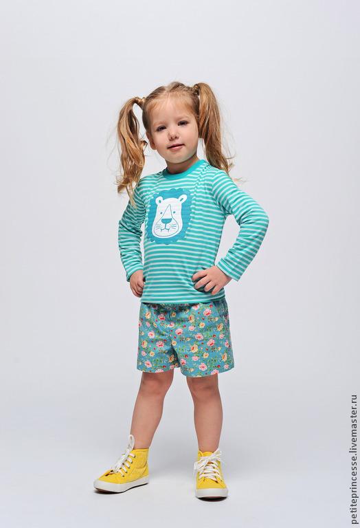 """Одежда для девочек, ручной работы. Ярмарка Мастеров - ручная работа. Купить лонгслив """"Морской лев"""". Handmade. Бирюзовый, морской, вискоза"""