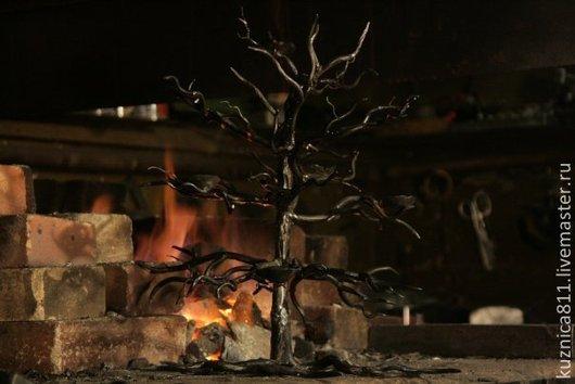 """Подсвечники ручной работы. Ярмарка Мастеров - ручная работа. Купить подсвечник """"Зимний дуб"""". Handmade. Ковка, художественная ковка, сталь"""