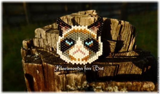 """Броши ручной работы. Ярмарка Мастеров - ручная работа. Купить Брошь """"Grumpy Cat"""". Handmade. Серый, голубой, шутка, печаль"""