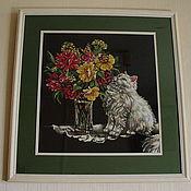 Картины и панно ручной работы. Ярмарка Мастеров - ручная работа Вышивка крестом Cat and Flowers (Кот и цветы). Handmade.