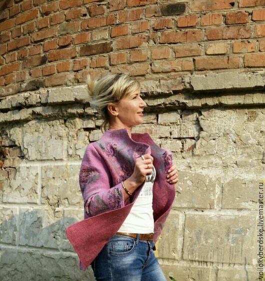 Пиджаки, жакеты ручной работы. Ярмарка Мастеров - ручная работа. Купить Жакет женский шерстяной валяный Брусничное конфи шерсть шелк 42-44 р-р. Handmade.