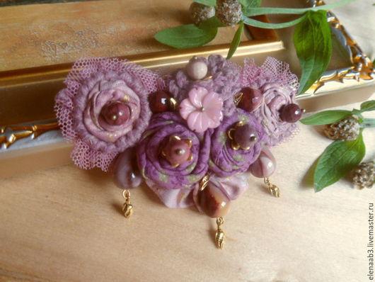 """Броши ручной работы. Ярмарка Мастеров - ручная работа. Купить Брошь""""Розы золотистые"""". Handmade. Сиреневый, сиреневый цвет"""