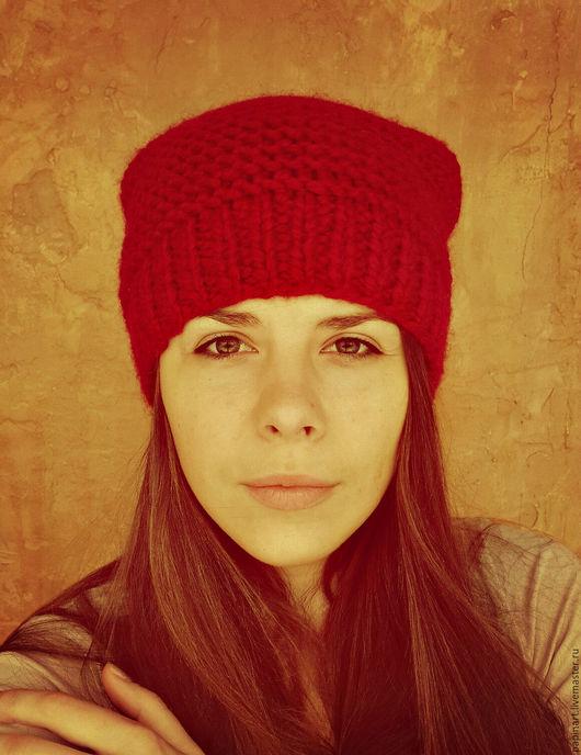 Шапки ручной работы. Ярмарка Мастеров - ручная работа. Купить Красная шапка. Handmade. Ярко-красный, крупная вязка, спицы