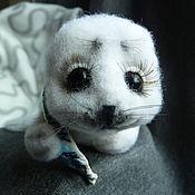 Куклы и игрушки ручной работы. Ярмарка Мастеров - ручная работа Нерпа с сардинкой. Handmade.