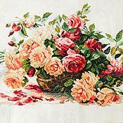 """Картины и панно ручной работы. Ярмарка Мастеров - ручная работа Вышивка крестиком """" Королевские розы"""". Handmade."""