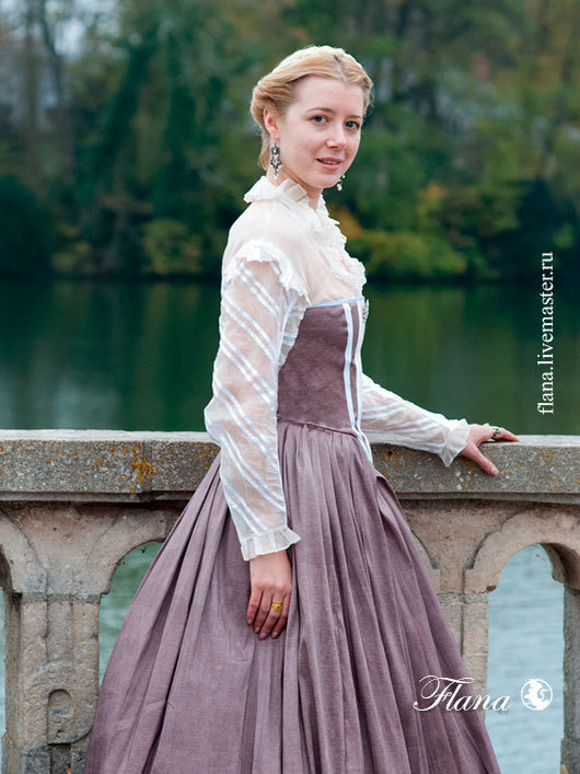 Исторический костюм платья