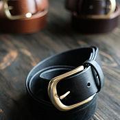 Ремни ручной работы. Ярмарка Мастеров - ручная работа Широкий кожаный мужской ремень черный для джинс. Handmade.