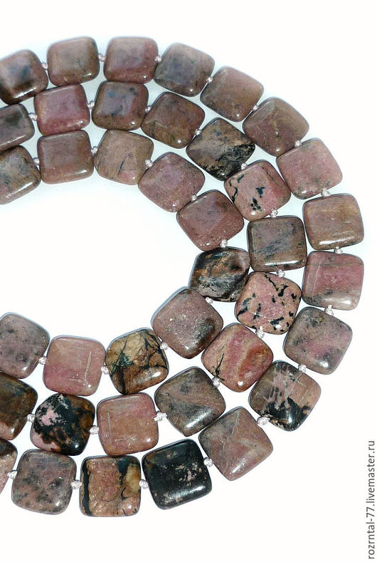 Родонит натуральный,глянцевые плоские бусины квадрата 15х15х4,5-5 мм