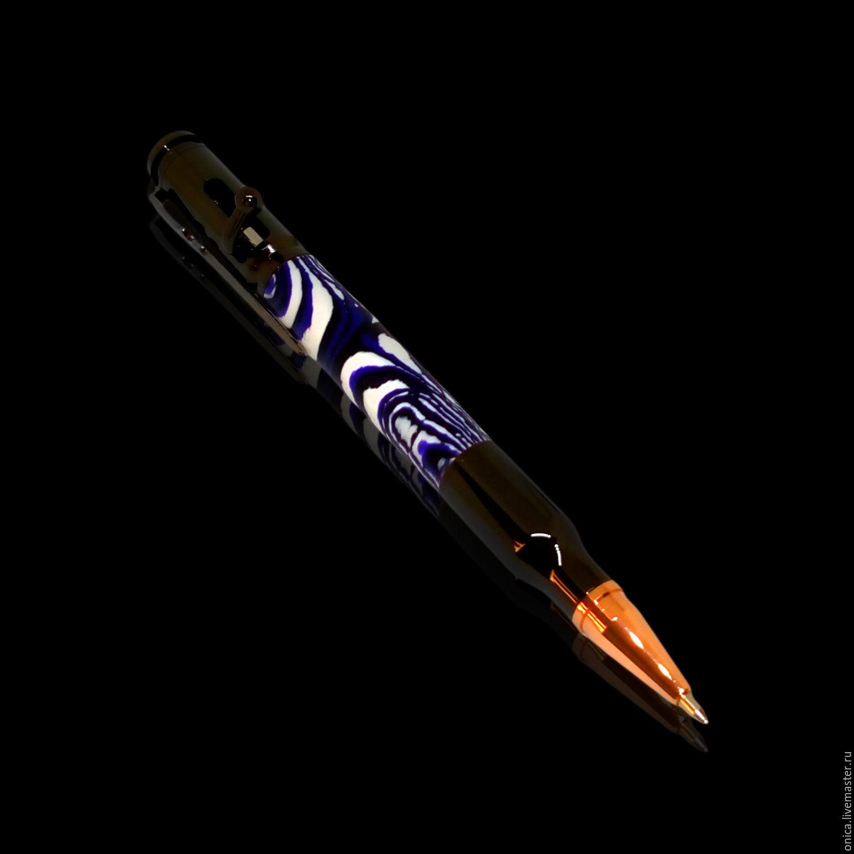 шариковая ручка `пуля` - подарок настоящему мужчинеПодарочная ручка ручной работы `Пуля` стилизованная под винтовку Мосина. В качестве камуфляжной части ручки, был использован прессованный камень.