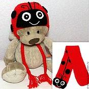 """Работы для детей, ручной работы. Ярмарка Мастеров - ручная работа Комплект """"Божья коровка"""" шарф и шапка (теплая вязаная зимняя с ушками). Handmade."""