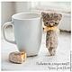 Классный серый котенок в стиле`Примитив`! С глазами, которые полны как доброты,так и грусти. А какая глубина в этом взгляде! :)