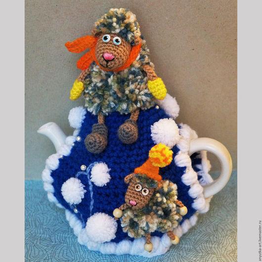 """Кухня ручной работы. Ярмарка Мастеров - ручная работа. Купить Грелка на чайник """"Зимняя овечка"""" (с чайником). Handmade."""