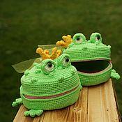 handmade. Livemaster - original item Coin holders: The Frog Princess. Knitted purse for girls. Handmade.