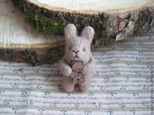 Броши ручной работы. Ярмарка Мастеров - ручная работа. Купить Кролик № 3 брошь. Handmade. Коричневый, валяный кролик