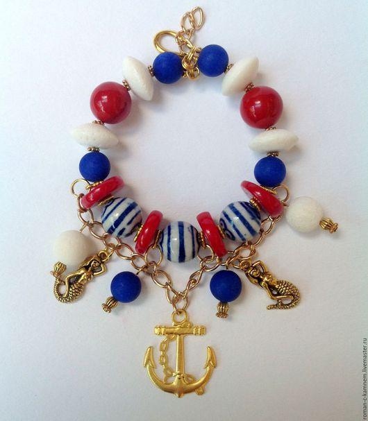Комплект украшений из натуральных камней и керамических бусин в морском стиле Ветра Средиземноморья. Оригинальный подарок для стильных, неординарных женщин и девушек.