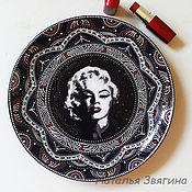Посуда handmade. Livemaster - original item The interior plate, wall Marilyn Monroe. Hand-painted.Plate. Handmade.