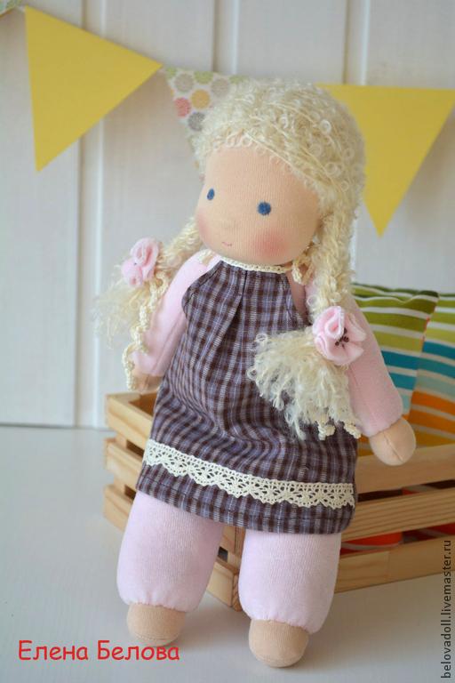 Вальдорфская игрушка ручной работы. Ярмарка Мастеров - ручная работа. Купить Вальдорфская кукла Варенька. Handmade. Вальдорфская кукла