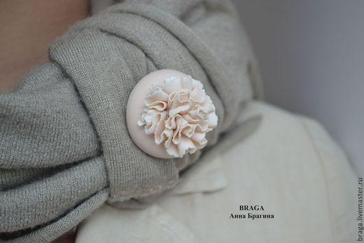 Брошь Когда цветет папоротник... из полимерной глины.
