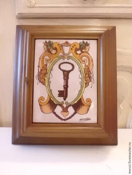Винтажные предметы интерьера. Ярмарка Мастеров - ручная работа. Купить Ключница Ящик для ключей Artmoebel дерево керамика. Handmade. Коричневый