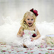 Работы для детей, ручной работы. Ярмарка Мастеров - ручная работа Пышное платье со шлейфом для девочки Принцесска. Handmade.