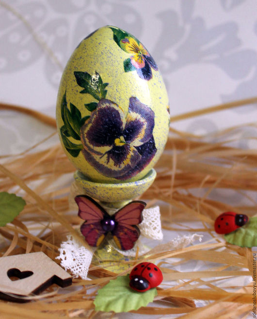 """Подарки на Пасху ручной работы. Ярмарка Мастеров - ручная работа. Купить Пасхальное яйцо """"Анютины глазки"""" декупаж. Handmade."""