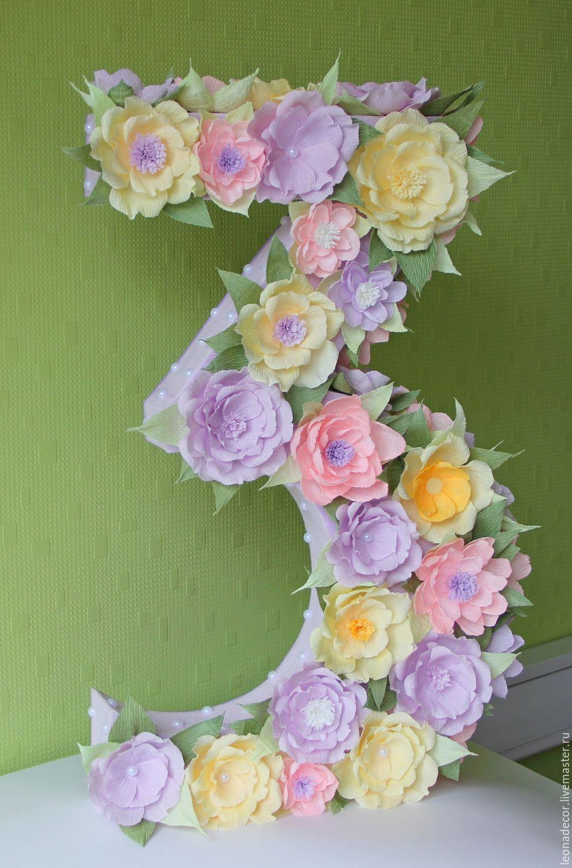 Цветы из бумаги для объемной цифры