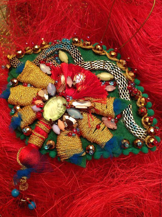Новый год 2017 ручной работы. Ярмарка Мастеров - ручная работа. Купить Набор игрушек-коллажей в зеленых-золотых тонах.. Handmade.