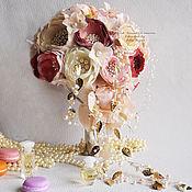 Свадебный салон ручной работы. Ярмарка Мастеров - ручная работа Каскадный Свадебный брошь букет невесты. букет невесты в форме капли.. Handmade.