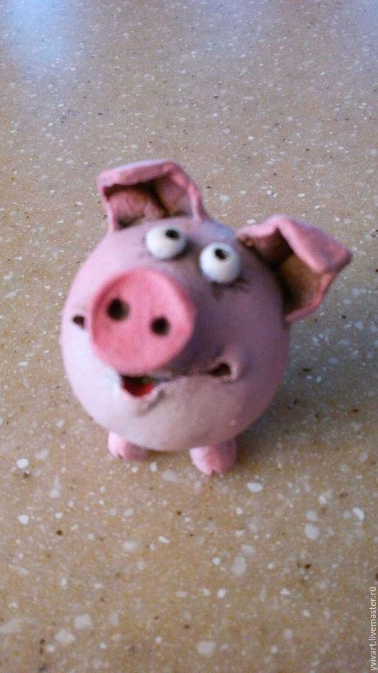 """Миниатюрные модели ручной работы. Ярмарка Мастеров - ручная работа. Купить Керамическая фигурка """"Поросенок""""-1. Handmade. Розовый, коллекционирование"""